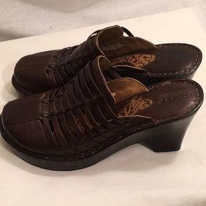 🌸B.O.R.N. 8 Chunky Brown Leather Boho Clogs EUC🌸
